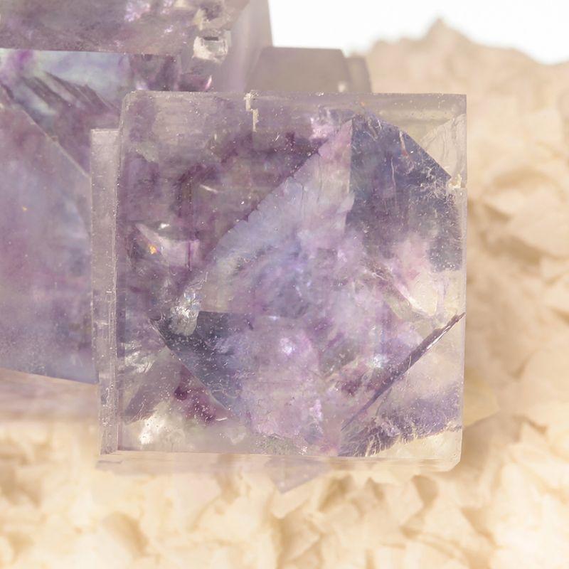 Fluorite (GEMMY phantoms) on Dolomite