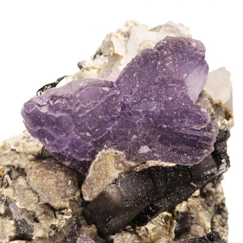 Fluorite with Ferberite, Arsenopyrite and Quartz