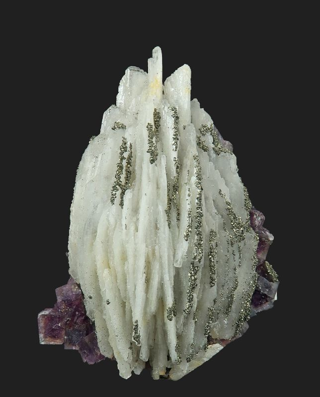 Baryte with Fluorite and Pyrite