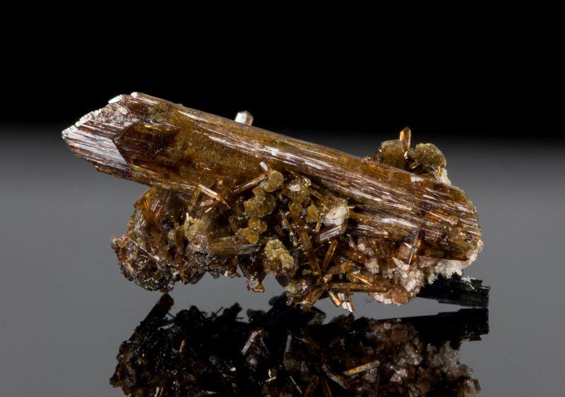 Eosphorite w/ Greifensteinite, Schorl, etc (rare combo)