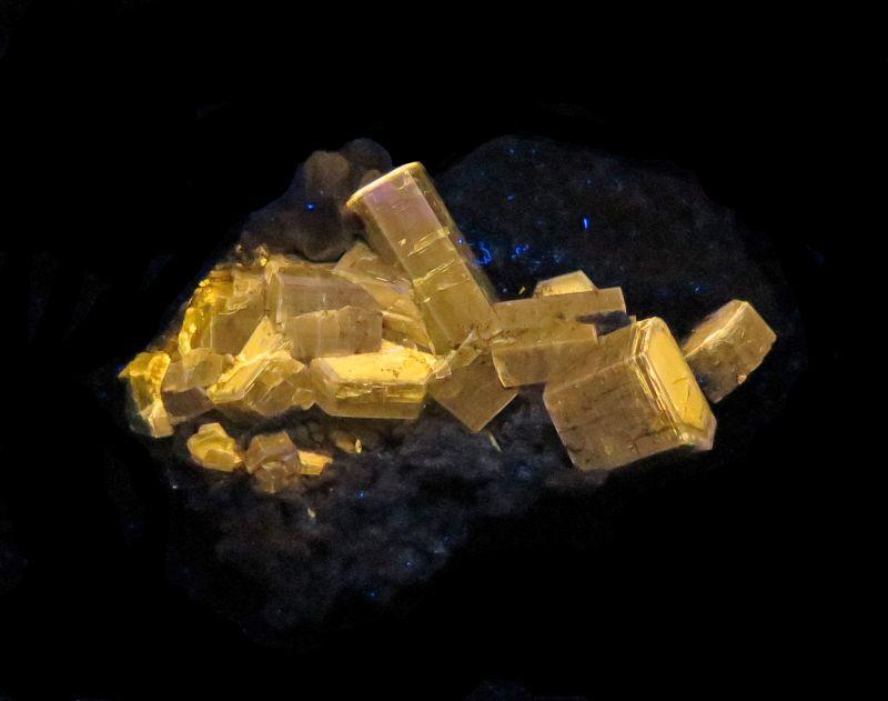Apatite (fluorescent) w/ Tourmaline & Muscovite
