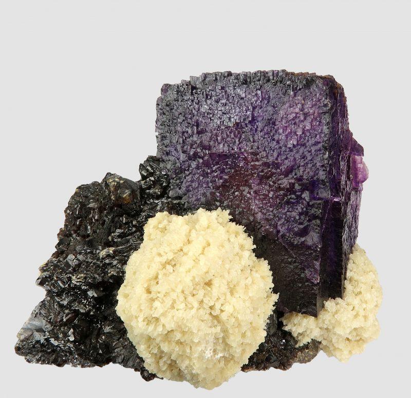 Fluorite on Sphalerite with Baryte